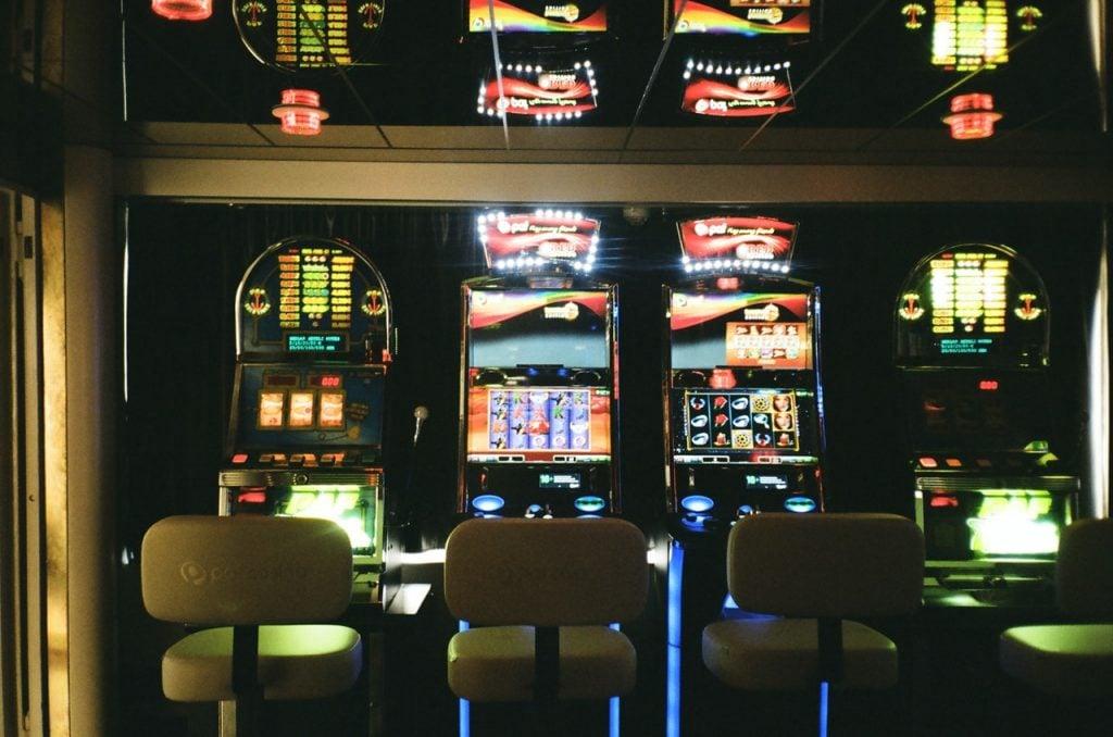 play online pokies casino game